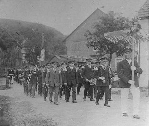 Schützenfestumzug 1929 in Züschen