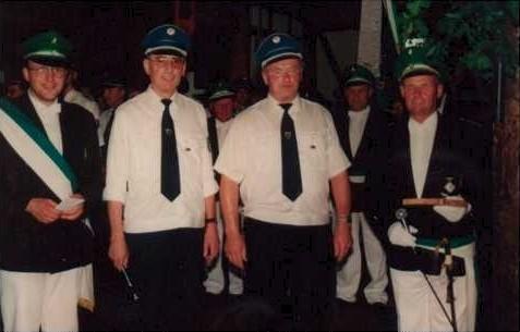 1999 – 40 Jahre beim Schützenfest in Neuastenberg